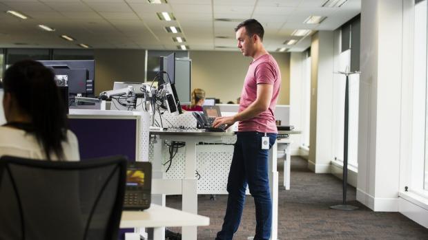tall office work table - techieblogie