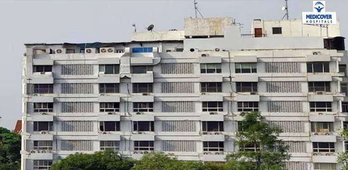 MaxCure Hospital, Secretariat Road